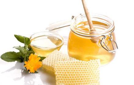 春天喝蜂蜜水能润春燥 蜂蜜水什么时候喝好?