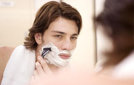 男性剃须时应注意哪些问题